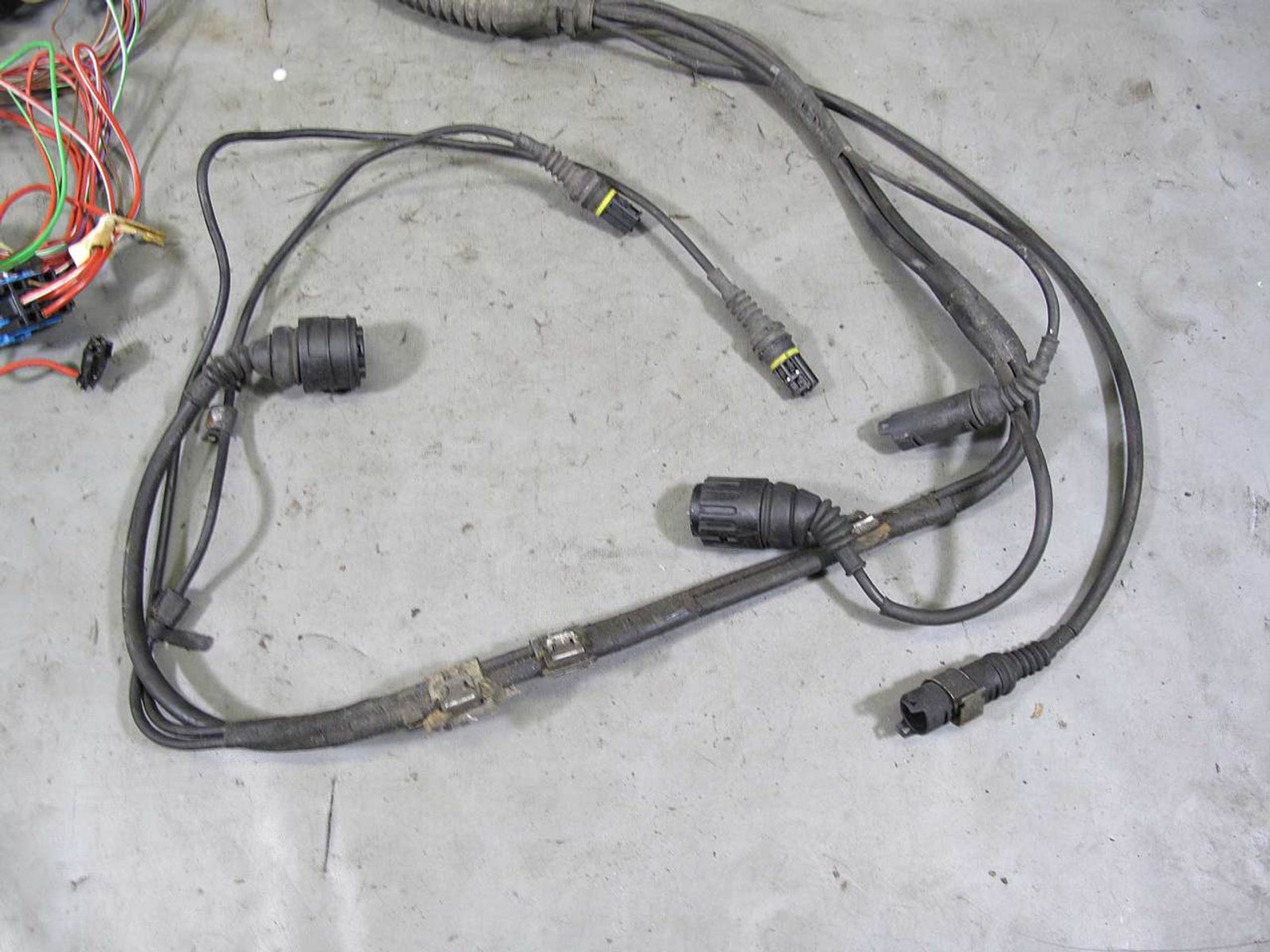 medium resolution of 2000 2003 bmw e39 540 4 4l v8 automatic transmission wiring harness 2004 bmw z4 iso harness bmw e39 wiring harness