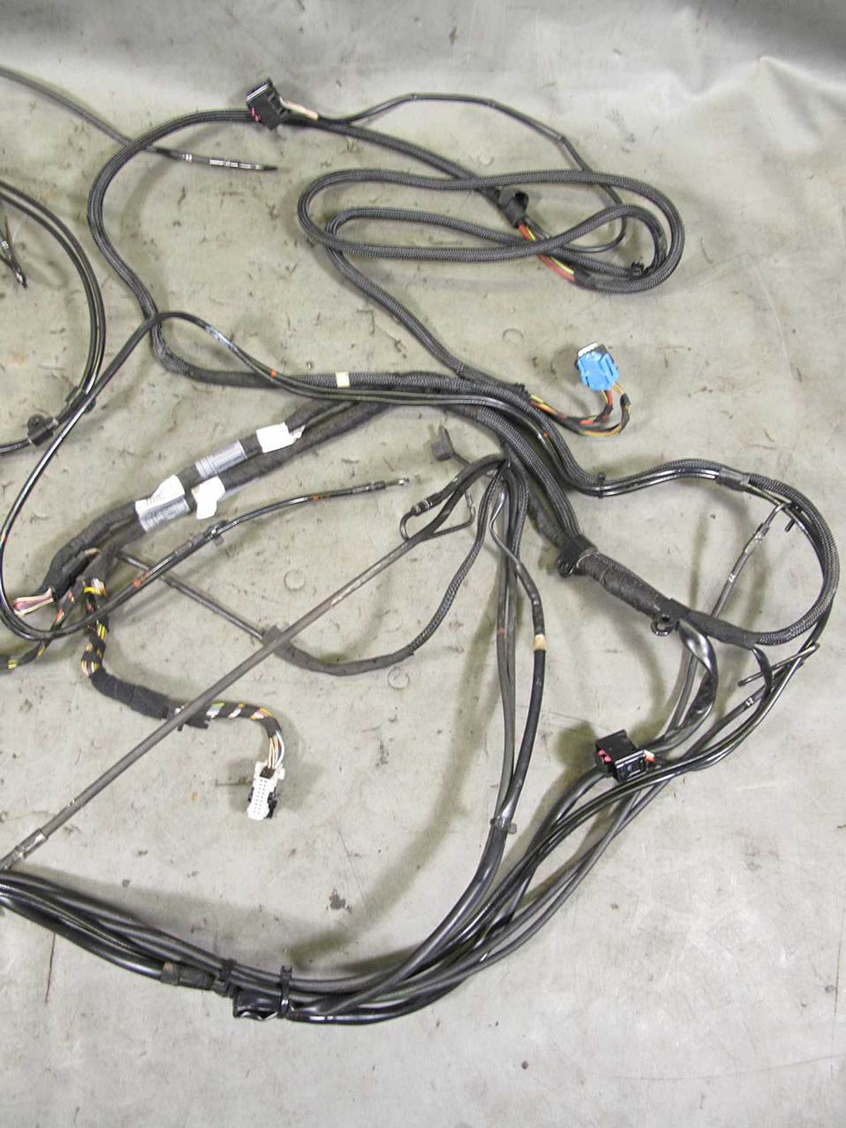 hight resolution of bmw e64 6 series convertible factory hydraulic hoses and wiring harness