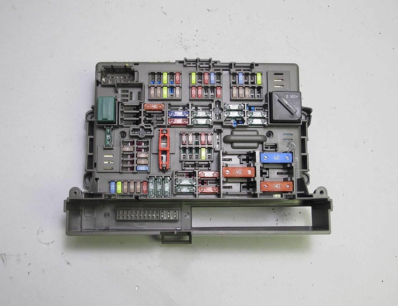 Fuse Box Diagram E90