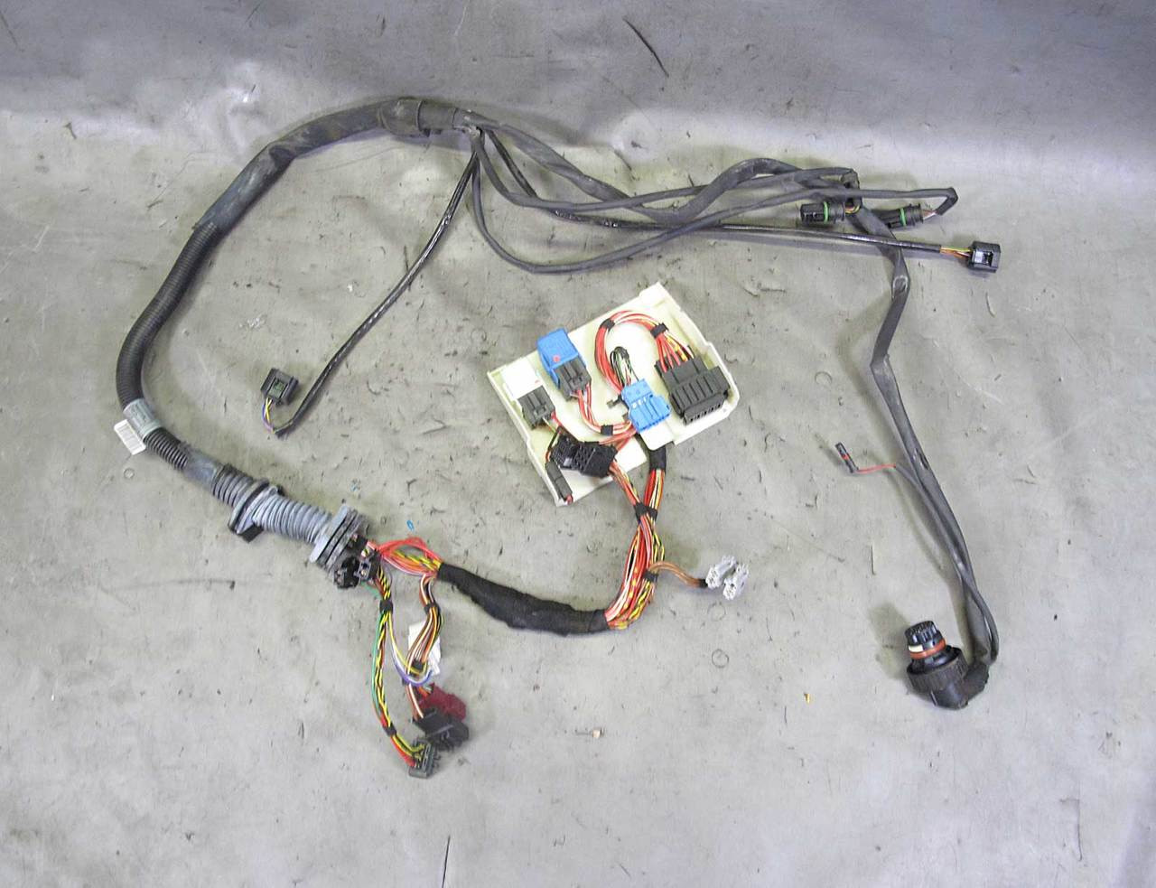 medium resolution of 2004 2005 bmw e60 5 series m54 6cyl automatic transmission wiring harness used