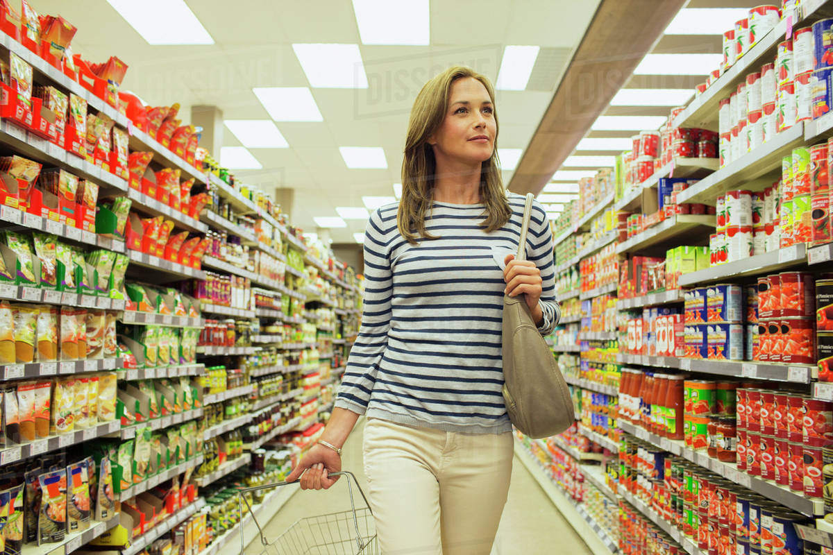woman shopping in grocery