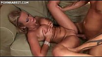 Bokep Hot Mom with Great Body Pounded by a Stud