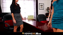 Bokep Hot Petite MILF Stepmom India Summer And Her Cute Teen Stepdaughter Hannah Hartman Threesome Lesbian Orgasm Sex With Aunt