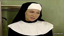 Bokep German Nun Seduce to Fuck by Prister in Classic Porn Movie