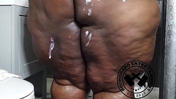 Big Firm Bbw Black Donkey Booty Shower (Promo)