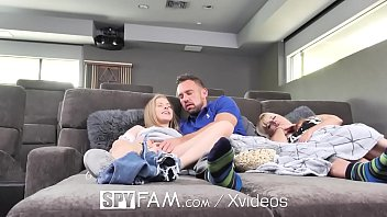 Bokep Blonde fucks her step dad for fathers day