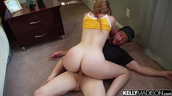 Bokep Sex Big Booty White Girl Melody Works That Ass For a Creampie