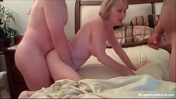 Bokep Holiday 3some Is What Grandma Wants