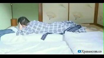 saat suami lagi tidur istri selingkuh dengan saudaranya
