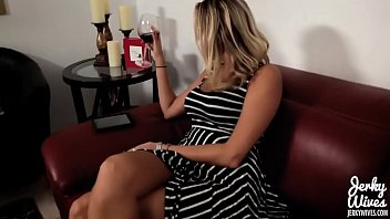 Nikki Brooks in I get m. Pregnant