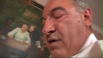 Video Porno O maduro Roberto Malone ataca novamente