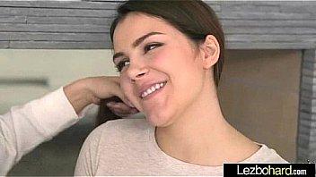 (Valentina Nappi & Leah Gotti) Girl On Girl In Amazing Lesbian Sex Act movie-27