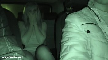 Video Ngentot Jeny Smith has being caught naked on a back seat of taxi