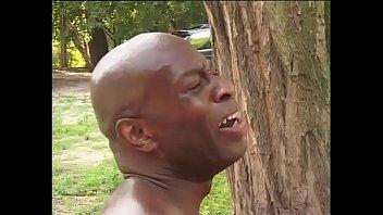 XXX Black worker hitting on the daughter's farmer