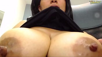 Big titties babe loves her tits