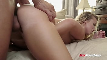 Stepsister Bailey Brooke Begs to Fuck Her Step Brother's Big Fat Cock