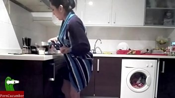 Bokep They fuck in the kitchen and he cums in her mouth. SAN69