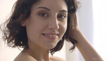 Sade's beauty hits perfect 10