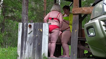 Bbw lesbians behind the scenes. Mature moms fuck in nature and record videos, and the voyeur watches them.