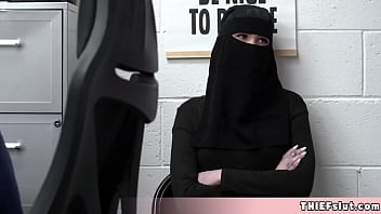 What happens when a shoplifter chick hides behind a hijab