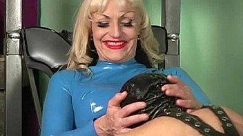 Bokep Mistress Kelly latex femdom face sitting