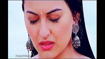 Nonton Bokep Sonakshi Sina-Boobs Showing R.Rajkumar Movies - Fancy of watch Indian girls naked? Here at Doodhwali Indian sex videos got you find all the FREE Indian sex videos HD and in Ultra HD and the hottest pictures of real Indians