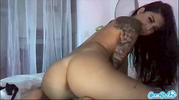 Gina Valentina has an insatiable pussy and she loves to pleasure herself on cam