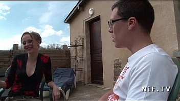 Bokep French mom seduces younger guy and gets sodomized outdoor