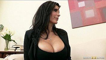 Bokep Slutty brunette MILF Shay sights Seduces her neighbor