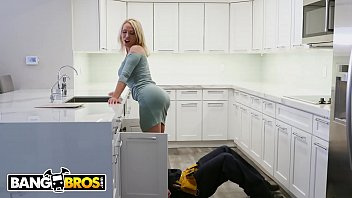 BANGBROS - Busty MILF Nikki Benz Drops Her Big Ass On Maintenance Man's Pipe