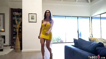 Bokep Repo guys get to fuck a horny busty brunette cougar