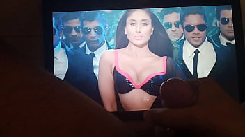 Bokep Indian actress Kareena Kapoor Khan masturbation cum