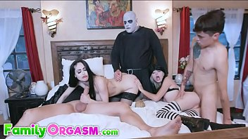 Whore Morticia Orgy Story