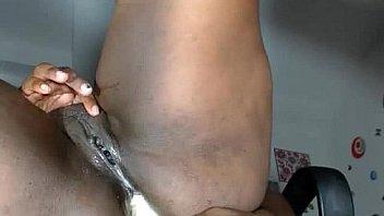 Huge black woman closeup pussy