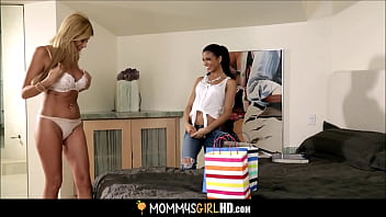 Young And Tiny Latina Teen Stepdaughter Blackmails Hot Stepmom Lisa Daniels