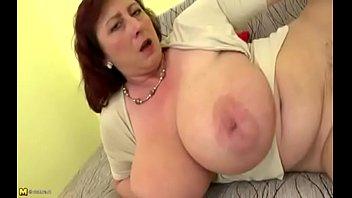 Bokep Plump mom with big saggy boobs