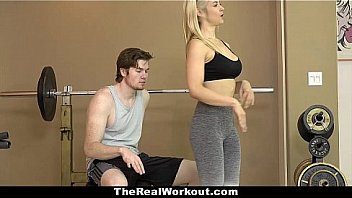 The Real Workout - Sexy Fitness Babe (SarahVandella) Fucked Her Client