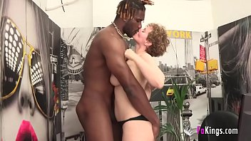 Bokep Merce was needing to taste a GOOD OLD BLACK DICK. BUSTY MILF doesn't want to have unfullfilled fantasies.