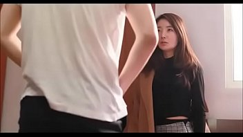 Korean girl seduced in bed
