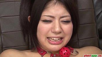 Bokep XXX Hot japan girl Konatsu Hinata play with toys in her anus