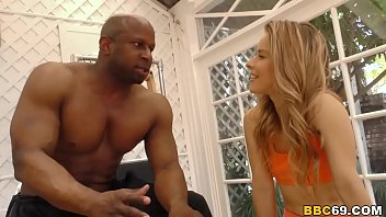 Video Porno Lilly Ford Gets Pounded By A Big Black Cock