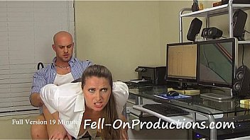 Bokep Mom(Madisin Lee) Fucks Son before Dad Gets Home in All Work No Play
