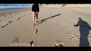 Nonton Bokep MY SISTER LOVE TO WALK ON THE BEACH WHILE I FILM HER - SHE LOVE TO UPLOAD VIDEOS TO HER BF AND I MAKE THEM - SHE IS TOO HORNY