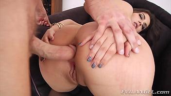 Italian super slut take a big cock up her ass