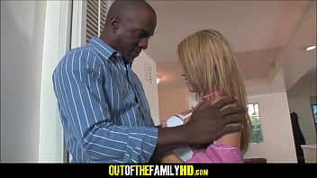 Video Porno Young And Cute White Stepdaughter Aiden Aspen Fucked By Her Black Stepdad