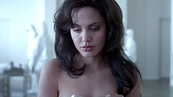 Bokep Angelina Jolie & Elizabeth Mitchell - Gia: sex nude boobs titts tette topless ass film movie sesso natural nipples