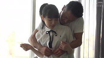 制服が似合う黒髪ロリっ子とエッチ/Ai