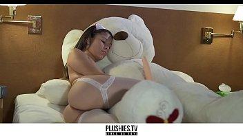 Indian nurse from Argentina fucks big toy teddy bear