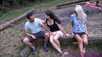 Teen Outdoor Gruppensex
