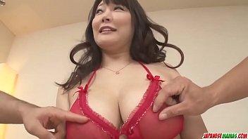 Hot japan girl with big tits Hinata Komine in group sex scene